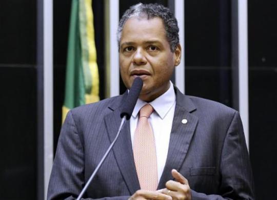 Antônio Brito aguarda publicação de portaria para liberação de recursos para Santas Casas | Câmara dos Deputados