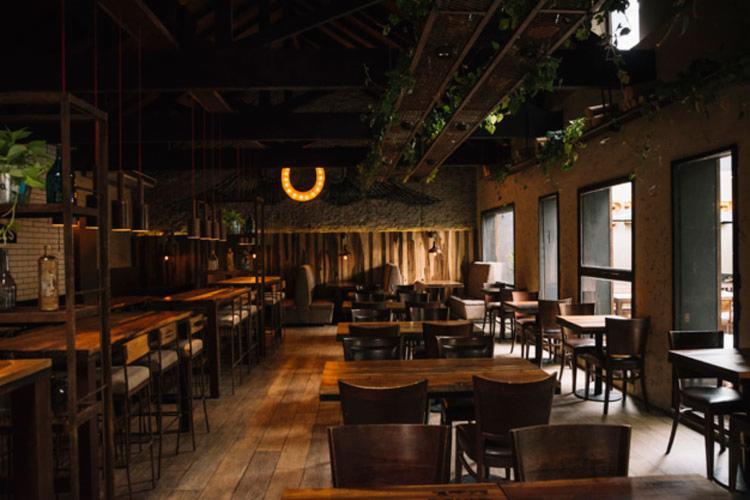 Segundo a nota da instituição, a capital hoje tem seis mil bares e restaurantes | Foto: Divulgação | Freepik - Foto: Divulgação | Freepik