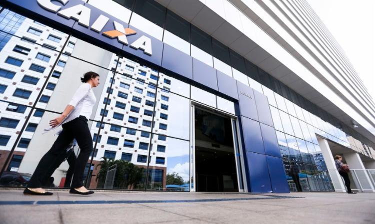 Confira as agências da Caixa que estarão abertas neste sábado, 23 | Foto: Marcelo Camargo | Agência Brasil - Foto: Marcelo Camargo | Agência Brasil