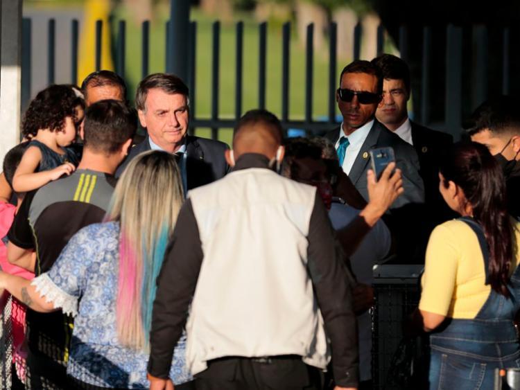 Bolsonaro criticou a imprensa um pouco antes de seus apoiadores iniciarem com as hostilidades   Foto: Marcello Casal Jr   Agência Brasil - Foto: Marcello Casal Jr   Agência Brasil