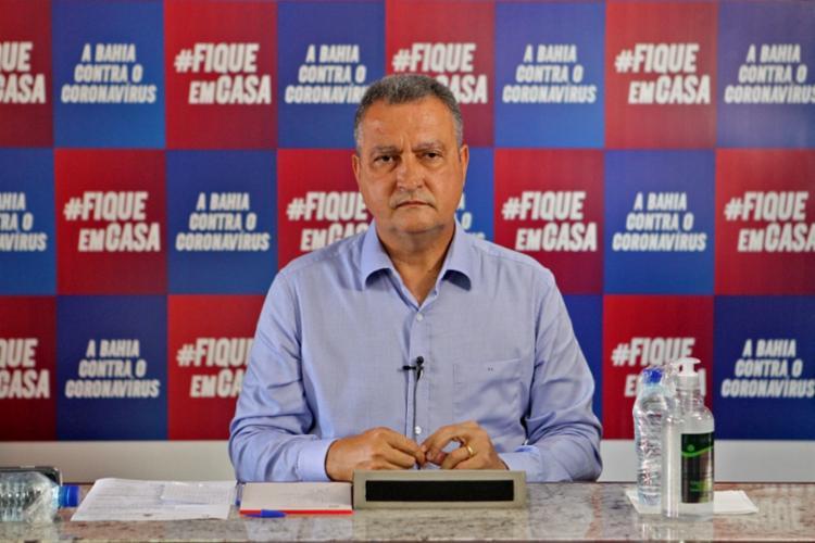 Rui Costa falou sobre o plano de oferecer auxílio de R$ 500 para manter em confinamento os infectados pelo coronavírus | Foto: Divulgação | GOV-BA