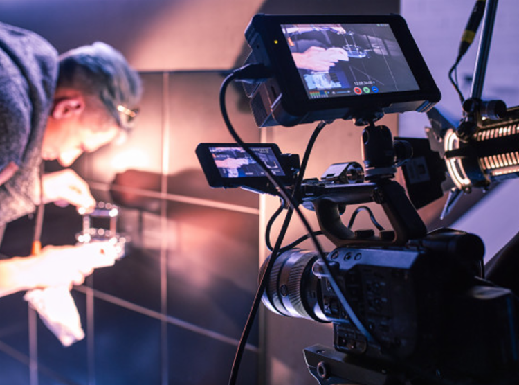 Resultado final da produção artística premiada será entregue no formato de conteúdo digital - Foto: Reprodução | Freepik