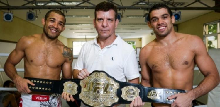 Dedé formou e treinou alguns dos principais lutadores brasileiros de MMA da história, como José Aldo (esq) e Renan Barão (dir)   Foto: Divulgação - Foto: Divulgação