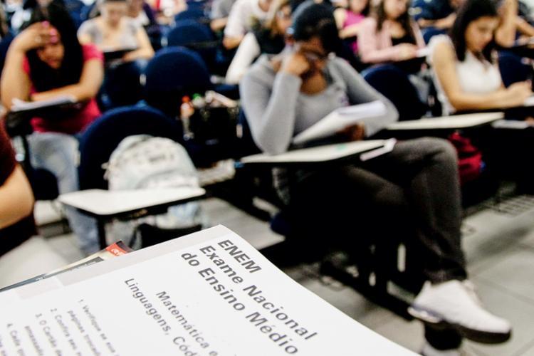 Serão aplicadas quatro provas objetivas, constituídas por 45 questões cada, e uma redação em língua portuguesa - Foto: Agência Brasil |