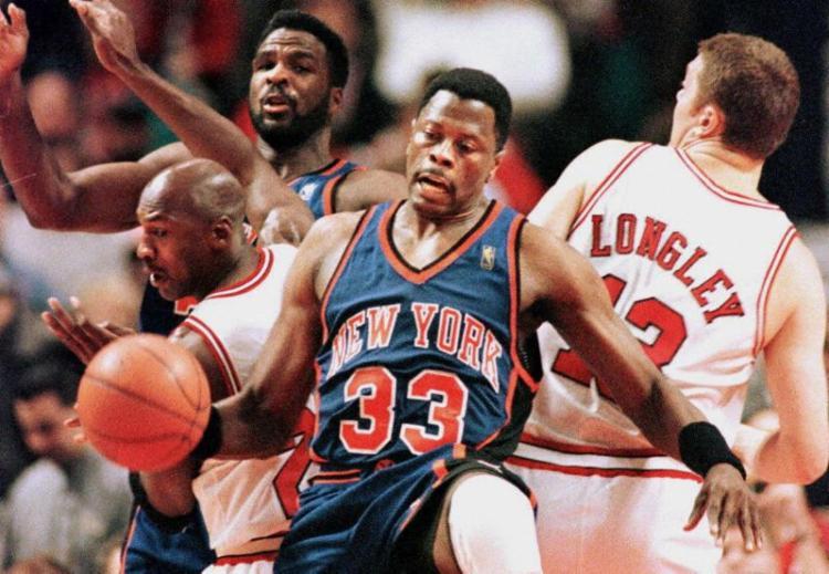 Ewing jogou 17 temporadas na NBA, 15 delas em Nova York, e foi escolhido 11 vezes para o NBA All-Star Game | Foto: Vincent Laforet | AFP - Foto: Vincent Laforet | AFP