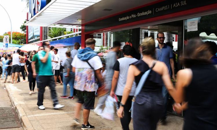 Grupo de 58 instituições de ensino oferta seguro e redução de taxas | Foto: Marcello Casal Jr | Agência Brasil - Foto: Marcello Casal Jr | Agência Brasil