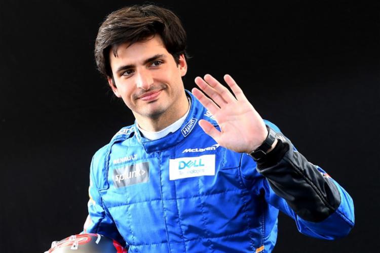 Ferrari anunciou que o contrato de Sainz será de dois anos   Foto: William West   AFP - Foto: William West   AFP