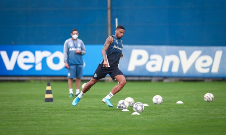 Trabalho foi realizado em pequenos grupos | Foto: Lucas Uebel | Grêmio FBPA - Foto: Lucas Uebel | Grêmio FBPA