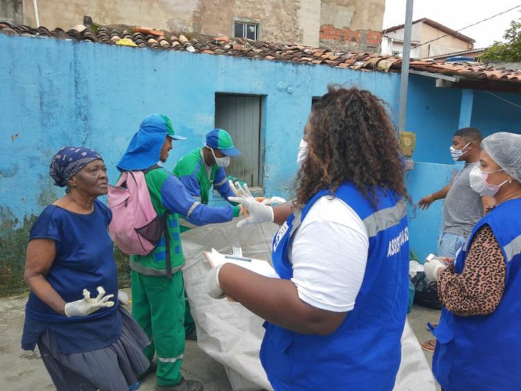 Idosa irá receber auxílio emergencial, além de colchões, kit dormitório e kit higiene   Foto: Divulgação   Sempre - Foto: Divulgação   Sempre