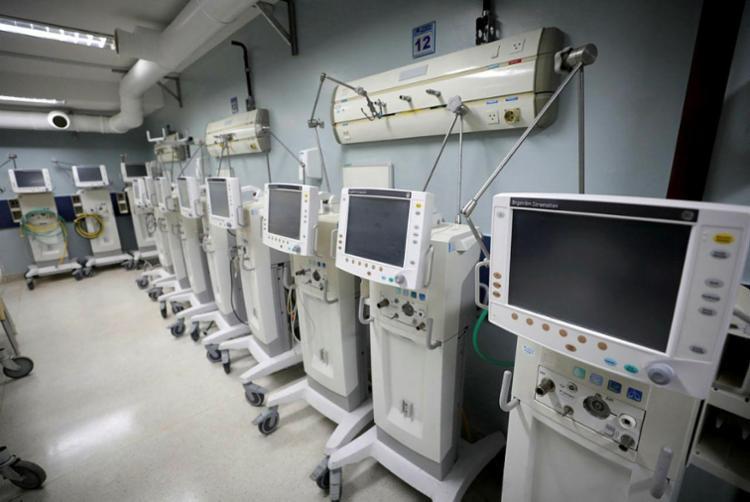 Respiradores seriam usados em hospitais de campanha para covid-19 | Foto: Adilton Venegeroles | Ag. A TARDE - Foto: Adilton Venegeroles | Ag. A TARDE