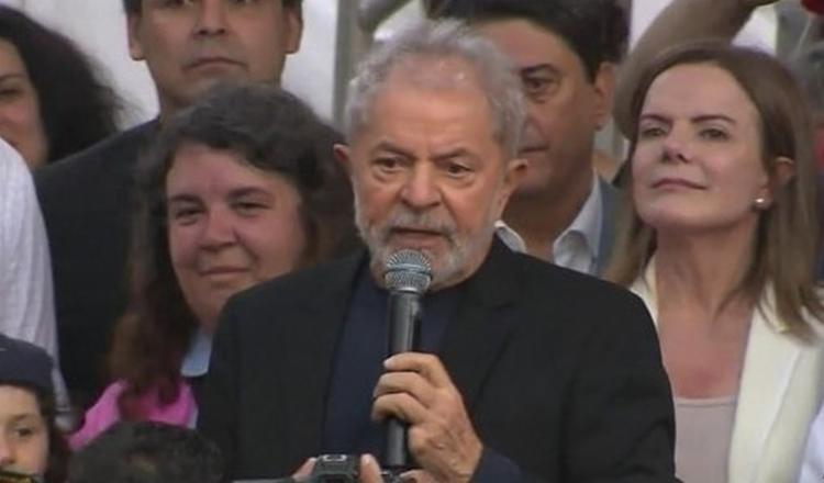 Lula utilizou do momento que teve nesta quarta, durante live promovida pela Rede Brasil, para pedir desculpas | Foto: Reprodução - Foto: Reprodução