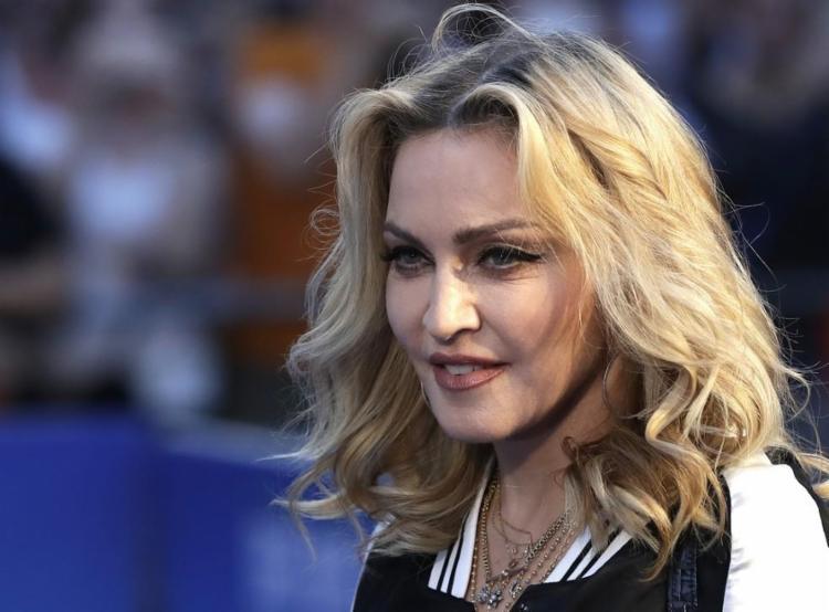 Cantora revelou que, além dela, vários artistas que faziam parte do espetáculo também apresentaram sintomas da doença - Foto: Reprodução