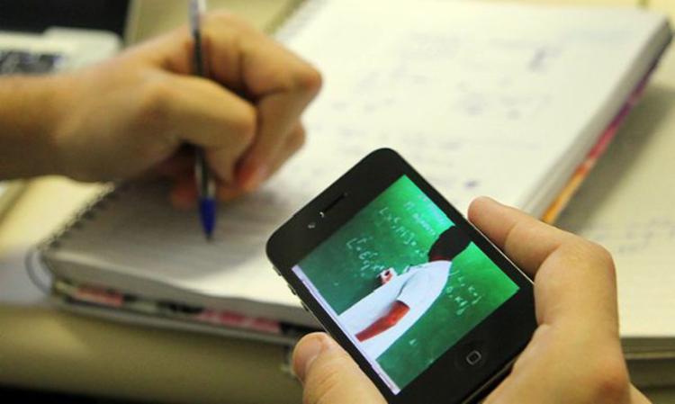 O MEC argumenta que o objetivo da medida é manter a rotina de estudo dos alunos. - Foto: Agência Brasil|