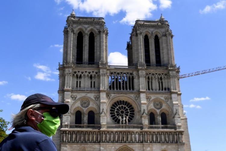 Catedral estava fechada desde o incêndio na catedral, há mais de um ano | Foto: Alain Jocard | AFP - Foto: Alain Jocard | AFP