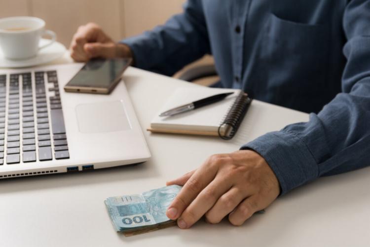 Câmara de Vereadores sugere medida que facilita empréstimos à famílias e microempresários | Fonte: Reprodução | Freepik - Foto: Freepik |