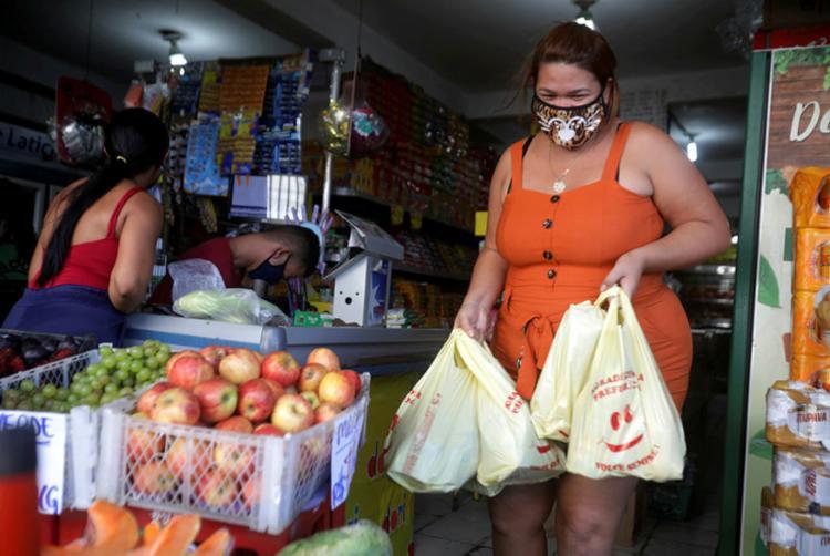 Na Bahia, 93% acham que uso de máscara deve ser obrigatório   Foto: Felipe Iruatã   Ag. A TARDE - Foto: Felipe Iruatã   Ag. A TARDE