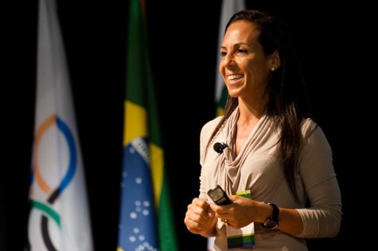 Sâmia Hallage é responsável por atender os atletas olímpicos em preparação para Tóquio-2021 | Foto: Divulgação | COB - Foto: Foto: Divulgação | COB