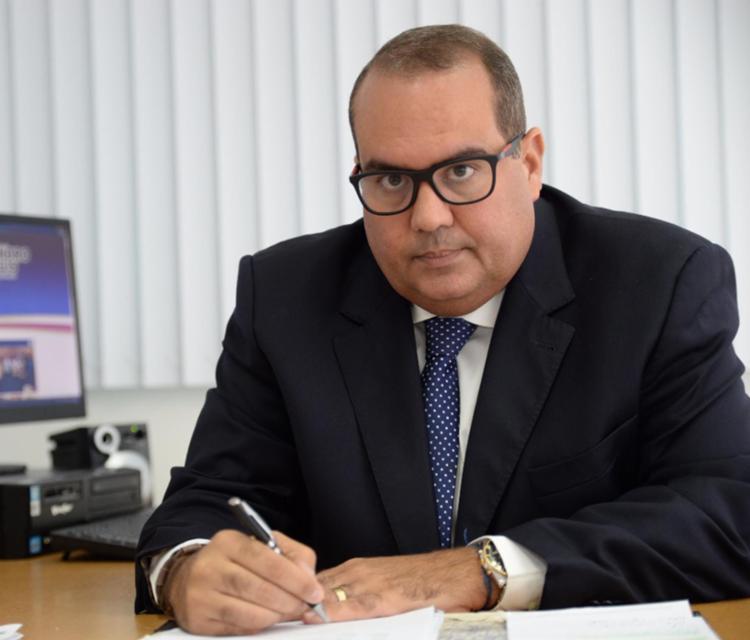 Régis diz e oposição votará contra a reforma da Previdência dos PMs e bombeiros - Foto: Divulgação   Ascom Alba