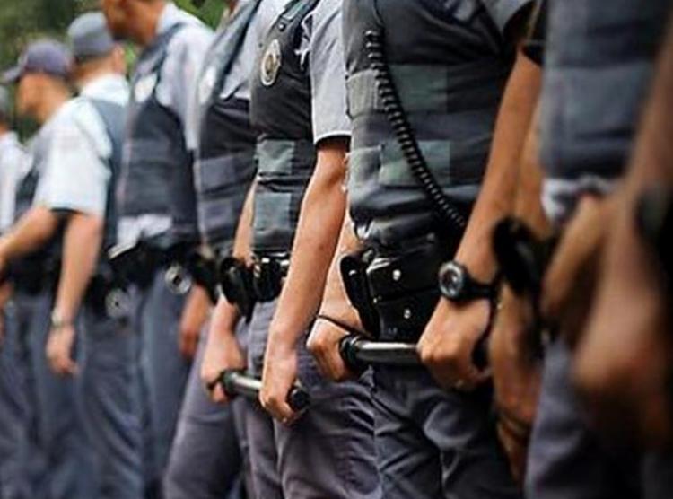 Suspeito foi encontrado após policiais militares ouvirem disparos de arma de fogo | Foto: Agência Brasil - Foto: Agência Brasil