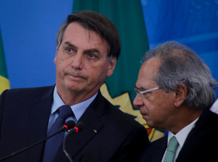 Bolsonaro seguiu a recomendação do ministro Paulo Guedes que defendeu que o funcionalismo fique sem aumento por dois anos - Foto: Sérgio Lima|Poder 360