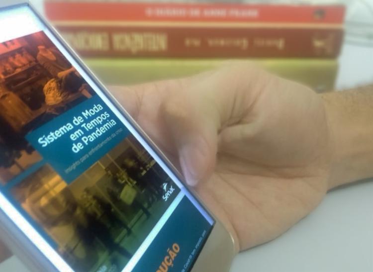 O e-book propõe uma análise do comportamento dos consumidores   Foto: Keyla Pereira   Ag. A TARDE - Foto: Keyla Pereira   Ag. A TARDE