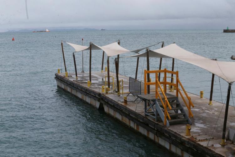Travessia tem operações suspensas por conta da maré baixa - Foto: Margarida Neide | Ag. A TARDE