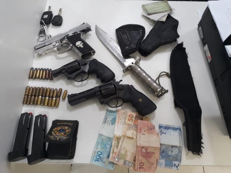Trio foi detido durante blitz neste domingo | Foto: Divulgação | SSP - Foto: Divulgação | SSP