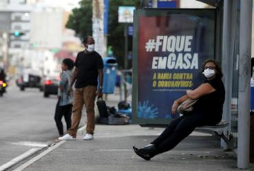 Muita gente sai para trabalhar na pandemia | Foto: Felipe Iruatã | Ag. A TARDE - Felipe Iruatã | Ag. A TARDE