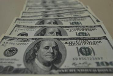 Dólar cai para R$ 5,45 e fecha no menor valor em quase dois meses   Marcello Casal Jr.   Agência Brasil