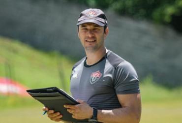 Bruno Pivetti comanda treino focado em organização coletiva   Letícia Martins   E.C.Vitória