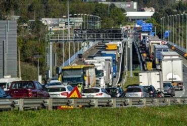 Espanha reabre suas fronteiras e encerra estado de emergência |