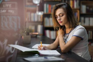 Estudantes poderão ter aulas aos sábados e no período de férias, aprova MEC |