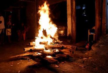 Coaraci, Almadina e Itapitanga proíbem fogueiras e fogos de artíficio no São João