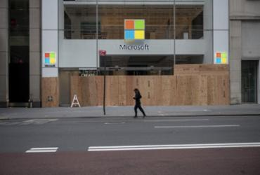 Microsoft fechará quase todas as lojas ao redor do mundo | Johannes Eisele | AFP