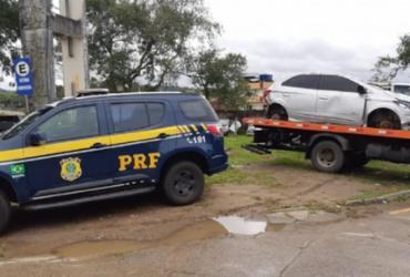 Carro roubado que teria sido utilizado para assaltos no sul da Bahia é recuperado