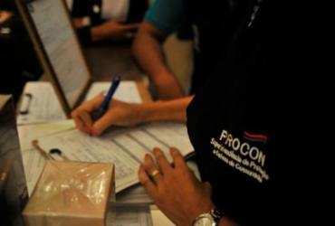 Procon alerta consumidores baianos para possíveis golpes na internet | Felipe Iruatã | Ag. A TARDE