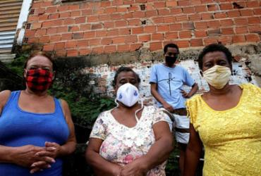 Parentes de paciente infectada com o coronavírus querem saber se estão com a doença | Foto: Adilton Venegeroles | Ag. A TARDE - Adilton Venegeroles | Ag. A TARDE
