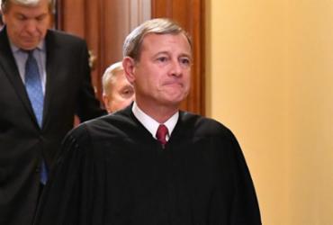 Suprema Corte americana bloqueia lei para restringir direito ao aborto |