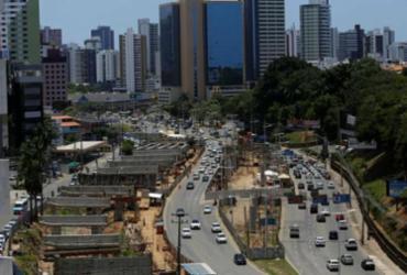 Tráfego de veículos será impedido em trecho da Av. ACM durante madrugadas | Joá Souza | Ag. A TARDE