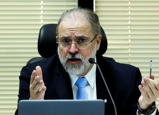 """Augusto Aras nega interesse em assumir vaga no STF. """"Me sinto realizado em ocupar o cargo mais alto do MPF""""   José Cruz   Agência Brasil"""
