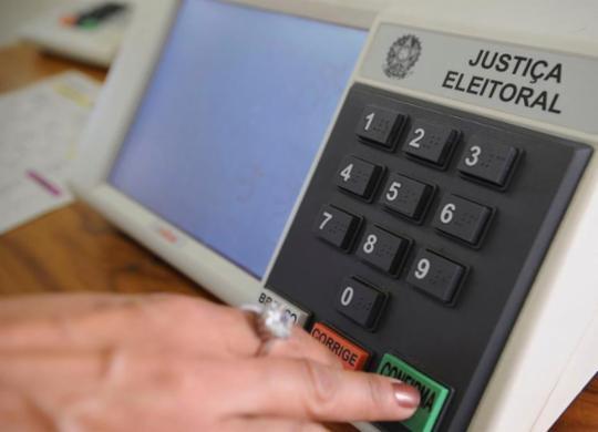 Eleições 2020: a Covid já detonou a campanha. E ameaça a votação | Fábio Pozzebom | Agência Brasil