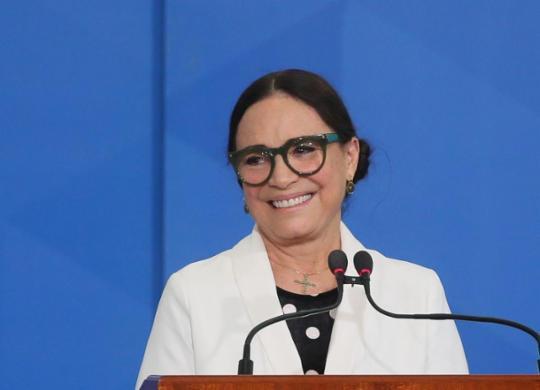 Regina Duarte diz que entrou num universo mais preocupado com ideologias | Divulgação | Agência Brasil