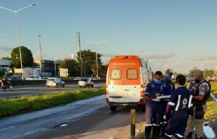 Passageiro teria reagido ao assalto praticado por três homens | Foto: Cidadão Repórter - Foto: Cidadão Repórter