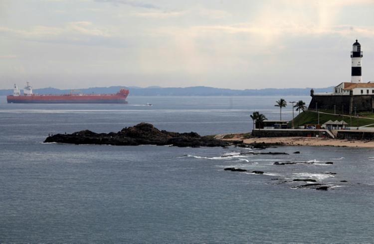 Qualidade da água das praias entre o Porto da Barra e o Cristo melhorou   Foto: Felipe Iruatã   Ag. A TARDE - Foto: Felipe Iruatã   Ag. A TARDE