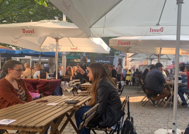 Na Bélgica, após algumas fases de desconfinamento, as pessoas já saem sem máscaras   Foto: Liza Leite   Arquivo Pessoal - Foto: Liza Leite   Arquivo Pessoal