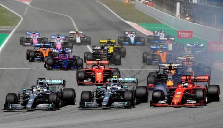 Disputados paralelamente aos Mundiais de F1, os campeonatos de Fórmula 2 e Fórmula 3 seguirão o mesmo calendário | Foto: Lluis Gene | AFP - Foto: Lluis Gene | AFP