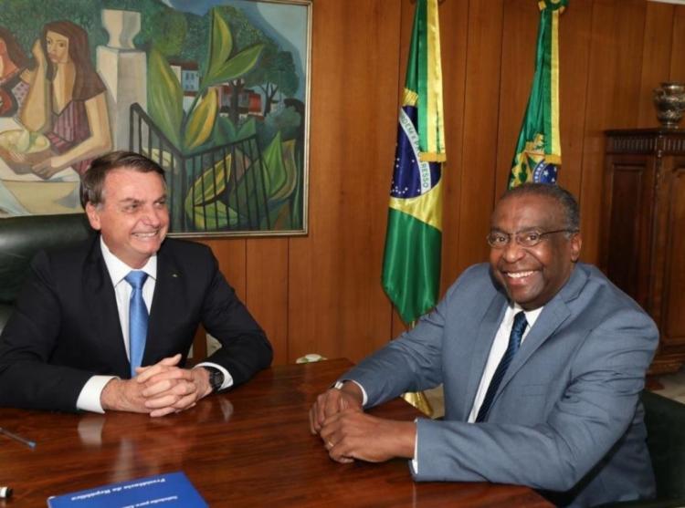 Bolsonaro anunciou a nomeação do professor Carlos Alberto Decotelli da Silva - Foto: Poder 360