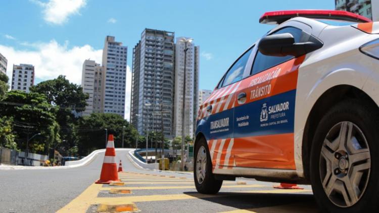 Segundo informações da Transalvador, quatro pessoas ficaram feridas | Foto: Divulgação - Foto: Divulgação