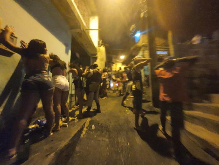 PM acabou com a festa na madrugada desta quarta   Foto: Divulgação   SSP - Foto: Divulgação   SSP