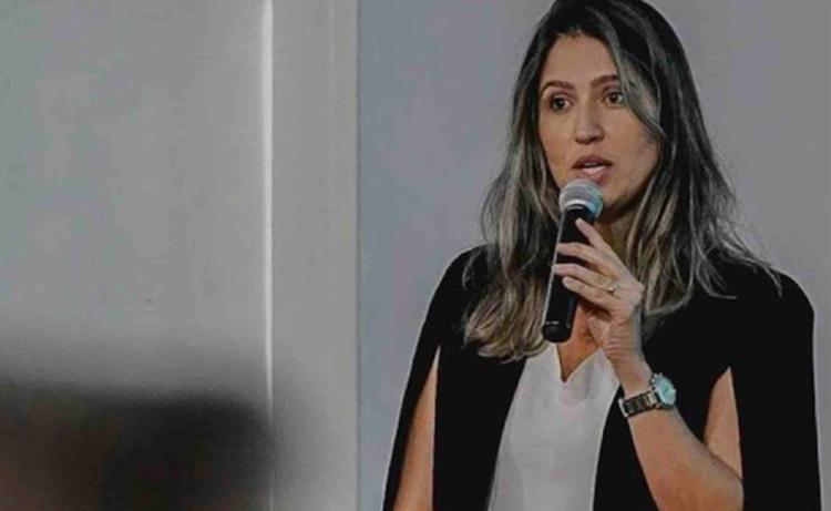 Juiz diz que Larissa Dutra não tem formação profissional para o cargo   Foto: Divulgação - Foto: Divulgação